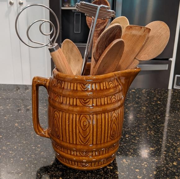 Barrel potter pitcher
